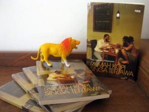 IMAGE Buku-Rumah-Kopi-Singa-Tertawa-di-Kineruku