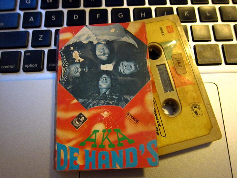 AKA_DeHands_kaset