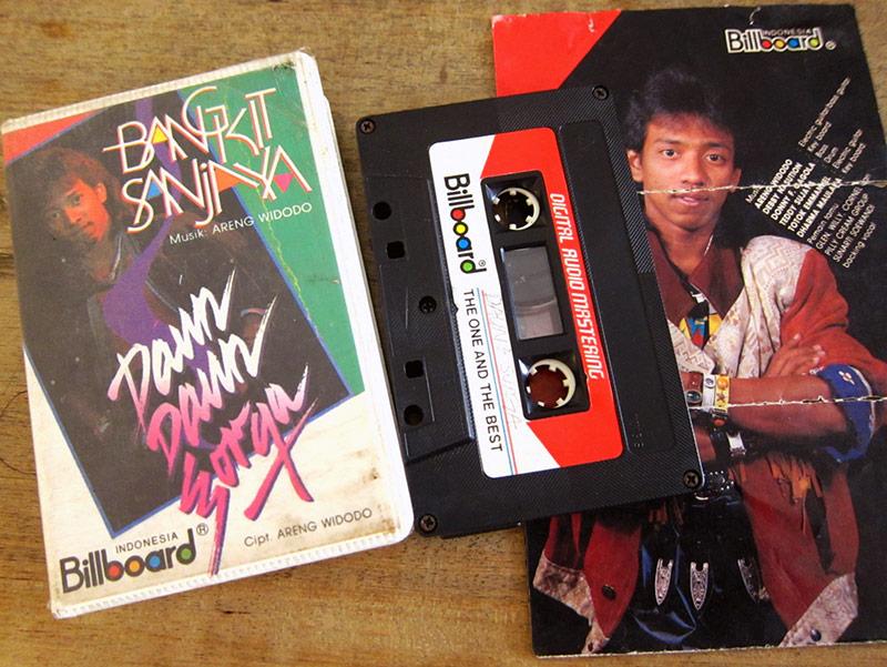 BangkitSanjaya_kaset