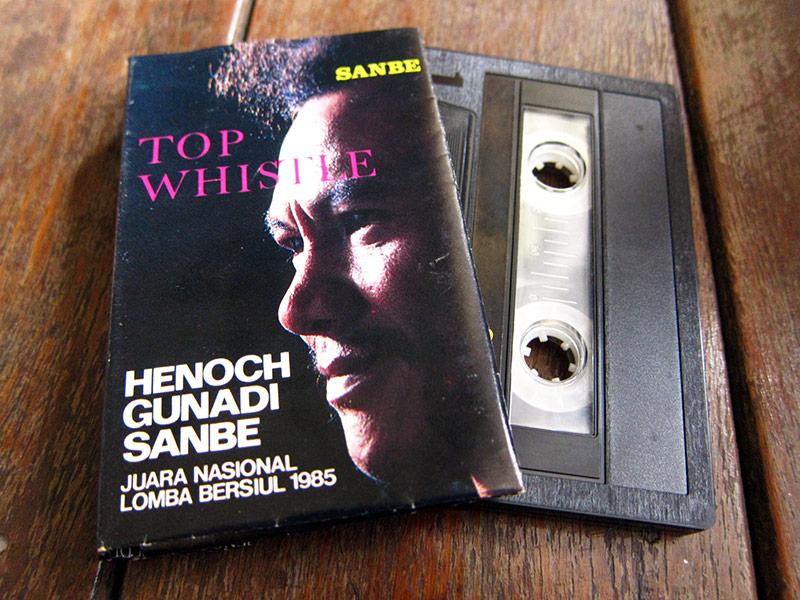HenochGunadiSanbe_JuaraNasionalLombaBersiul1985